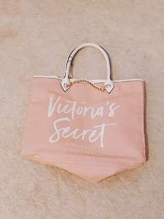 BRAND NEW: Victoria's Secret Tote Bag
