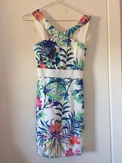 Boohoo Dress - White/Floral Size 10