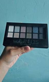 The Rock Nudes Eyeshadow Maybelline