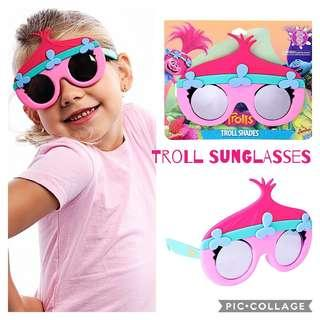 4712445b23  Brand New  Sun-Staches Instant Characters Costume Licensed Kids and Adults  Sunglasses Girls