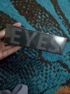 Focallure 10 shade eyeshadow