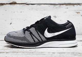 27b28d2377855 Nike Flyknit Trainer Black OG Oreo