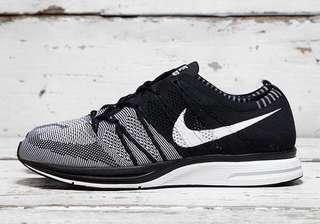 Nike Flyknit Trainer Black OG Oreo