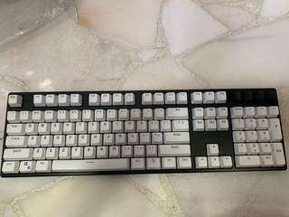 Ducky one non-led mechanical keyboard