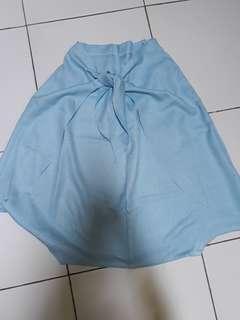 Rok celana baby blue
