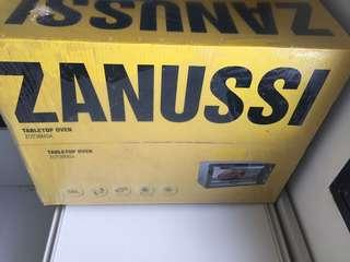 Zanussi table top 38l oven