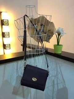 Mag sling bag