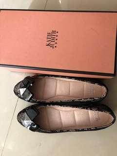 Katie Judith lace 鞋 (全新)