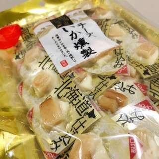 ✨現貨✨日本 北海道 煙燻起司魷魚 起司花枝燒 花枝魷魚 燻製魷魚  🦑140g
