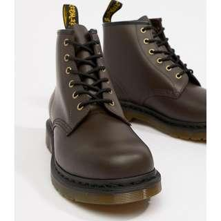 🚚 New Year Sale! Dr Martens 101 6-eye boots in chocolate