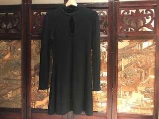60s style black dress