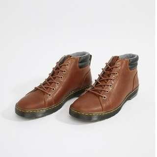 🚚 New Year Sale !!Dr Martens 6-eye boots in tan