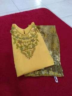 Kurung Moden Batik