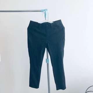 Uniqlo Cropped legging pants