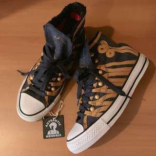 限量Jimi Hendrix高筒帆布鞋
