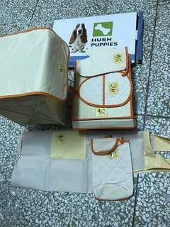 hush puppies 超值6件組 含置物籃、鞋盒、隔熱手套、圍裙、面紙盒 略泛黃 限郵寄 不介意再下標