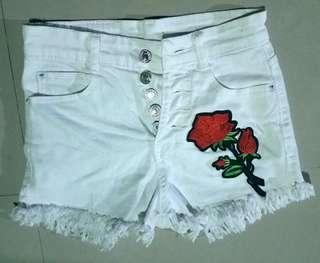 High-waisted White Short / Denim Short