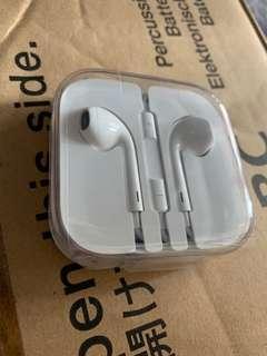 Genuine Apple Earphones