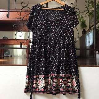 Forever21 Black Patterned Dress
