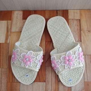 Sandal rumah