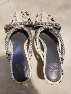 Women shoes 90% new Python leather