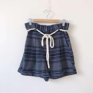 *NEW* Valleygirl high waisted short size 8