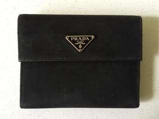 🚚 Prada Saffiano Wallet