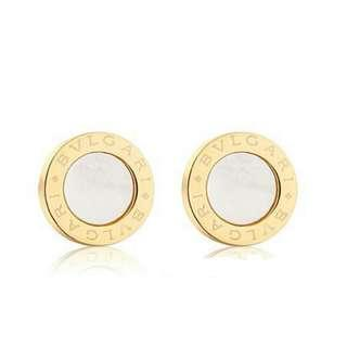 BVLGARI Gold Earing wif Mother of Pearl