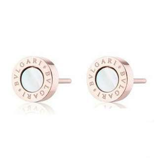 Bvlgari Earing wif Mother of Pearl