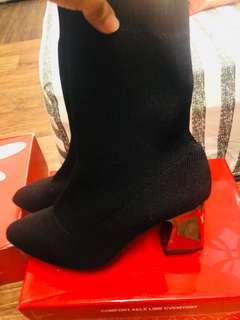 全新包腳靴