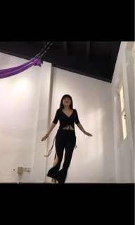 Belly dance unifom黑色显瘦肚皮舞练功服1套