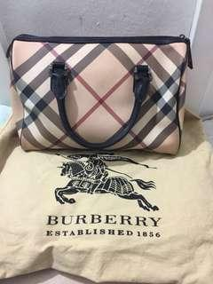 Burberry speedy Handbag