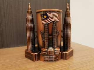 Malaysia Twin towers souvenier  stationary holder