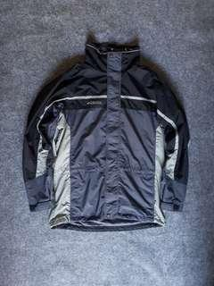 Jaket outdoor COLUMBIA not THE NORTHFACE SALEWA SALOMON MAMMUT MARMOT