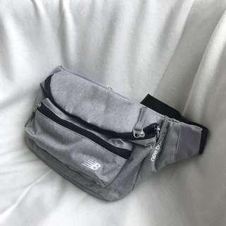 🚚 New Blance 韓國🇰🇷nb立體小字腰包灰色