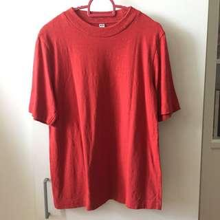 Uniqlo T-Shirt