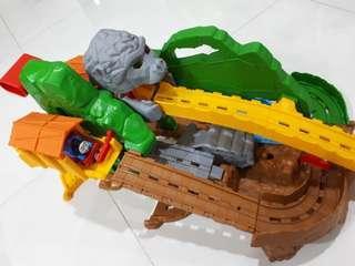 Thomas & Friends Take-n-Play Jungle Quest