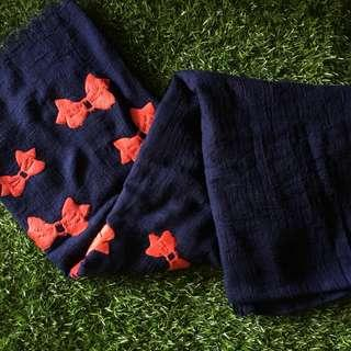 Navy Red Ribbon (Pasmina/syal)