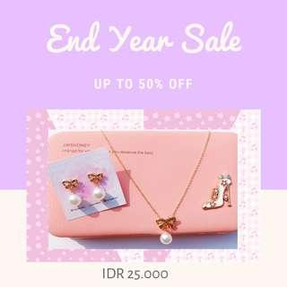 SALE 1SET New Earrings and Necklace