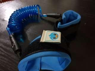 Blue safety leash