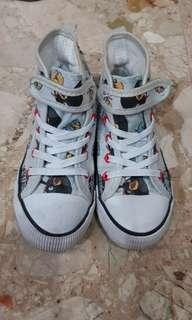 Angry Bird H&M highcut canvas shoes