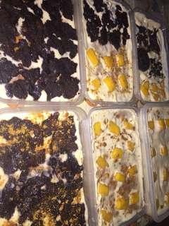 Graham Float (Brownies, Mango and Oreo flavor)