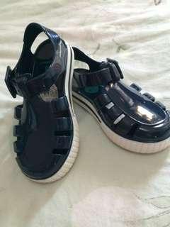 Jual sepatu sendal baby