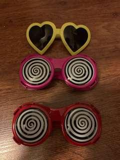 Fun sunglasses crazy eye heart shaped