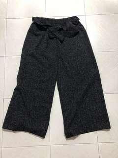 🚚 Tweed Culottes in black/ dark grey
