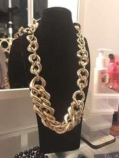 Gold Chain Necklace (FREE POSTAGE)