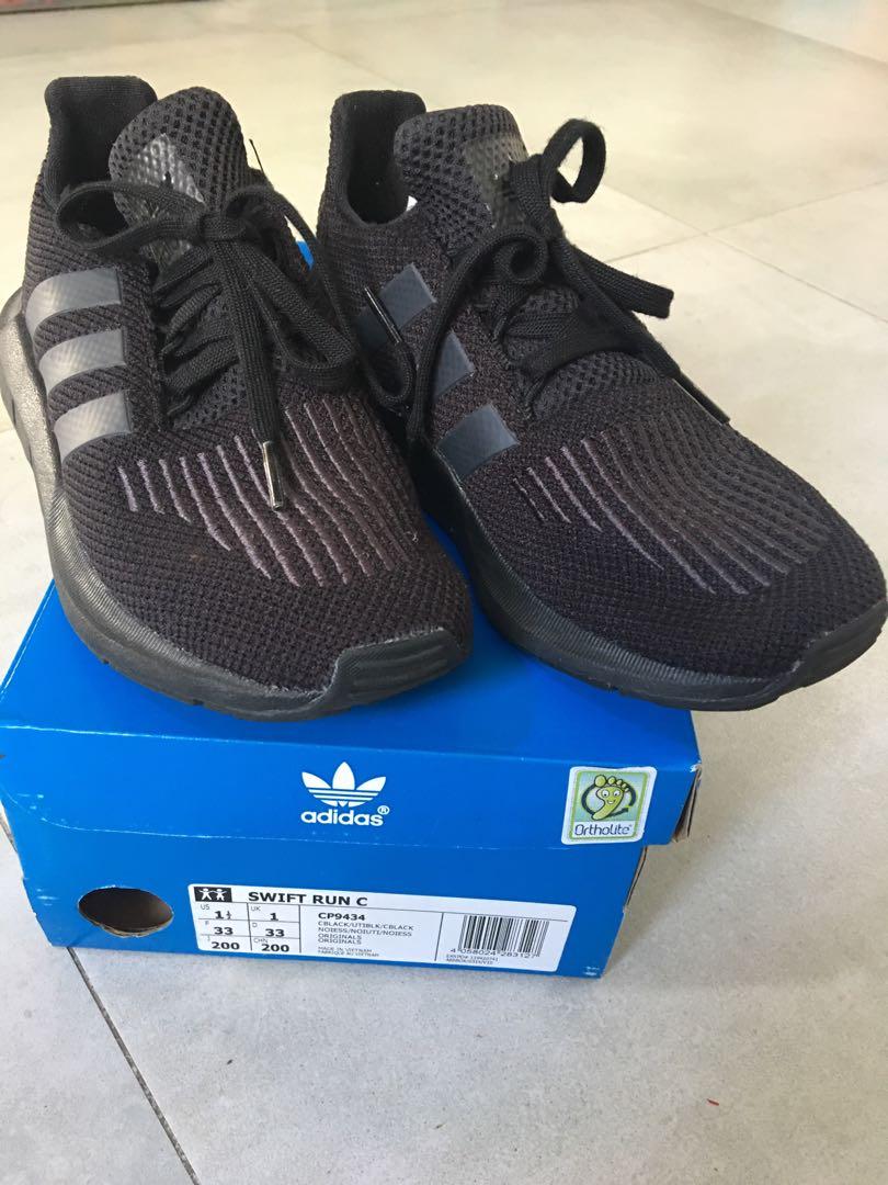 2d659d2755397 Adidas Originals Swift Run (Black) for Children