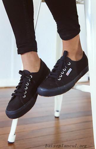 superga all black