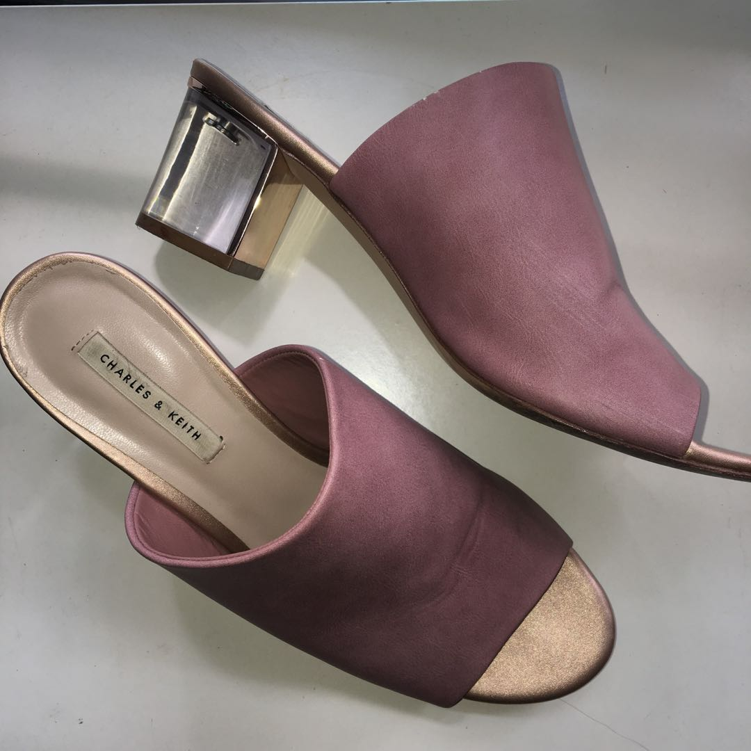 fa52b1bf777 Charles   Keith Lucite Heels Mules 39