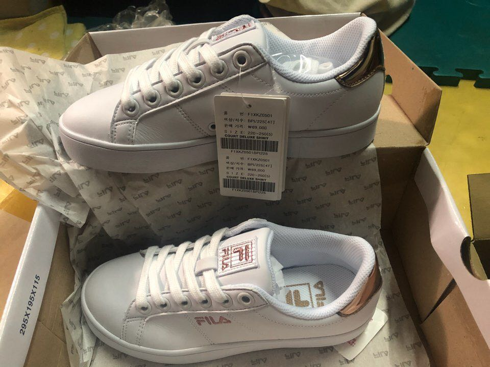 2912aa4fee76 Fila Court Deluxe Rose Gold